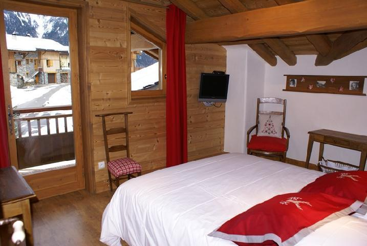 Holiday in mountain resort 5 room duplex chalet 8-10 people - Chalet la Sauvire - Champagny-en-Vanoise - Bedroom