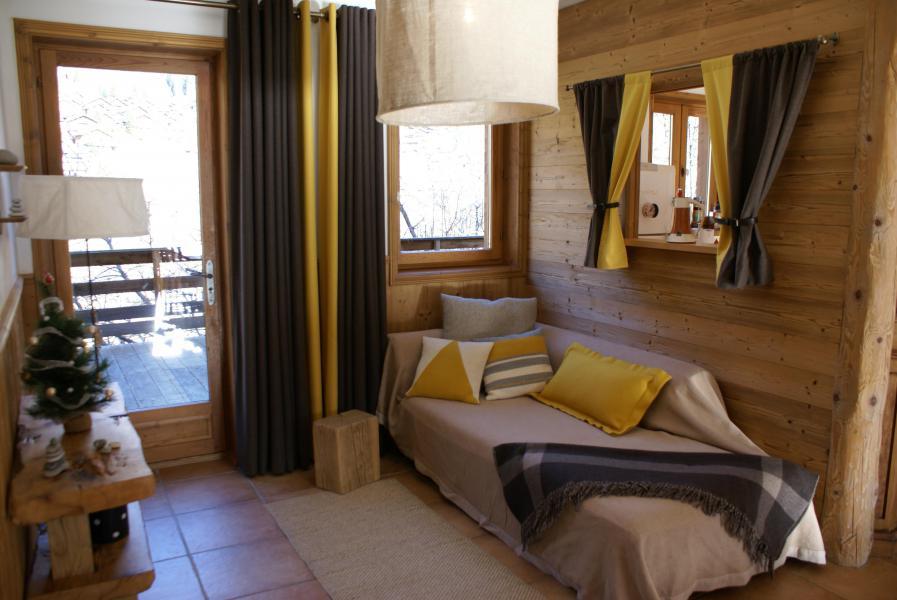 Holiday in mountain resort Chalet la Sauvire - Champagny-en-Vanoise - Sleeping area