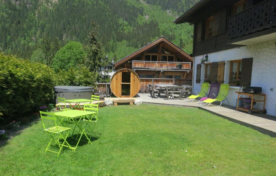 Vacanze in montagna Chalet la Tanière - Chamonix - Esteriore estate