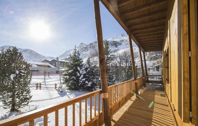 Vacances en montagne Chalet le Cabri - Val d'Isère - Balcon