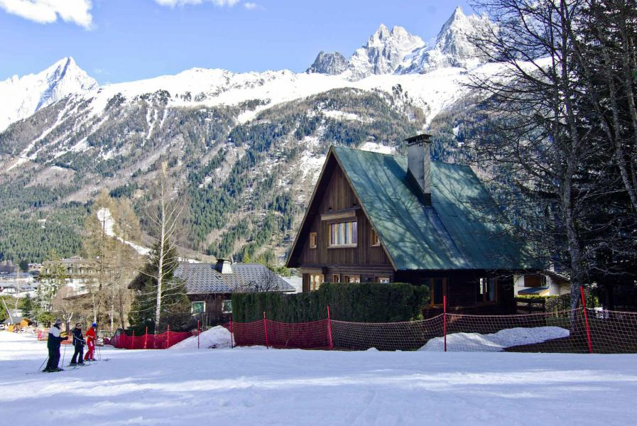 Holiday in mountain resort Chalet le Canada - Chamonix