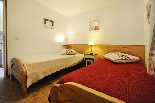 Vakantie in de bergen Appartement 3 kamers 6 personen (2) - Chalet le Cristal - Les Menuires - Kamer