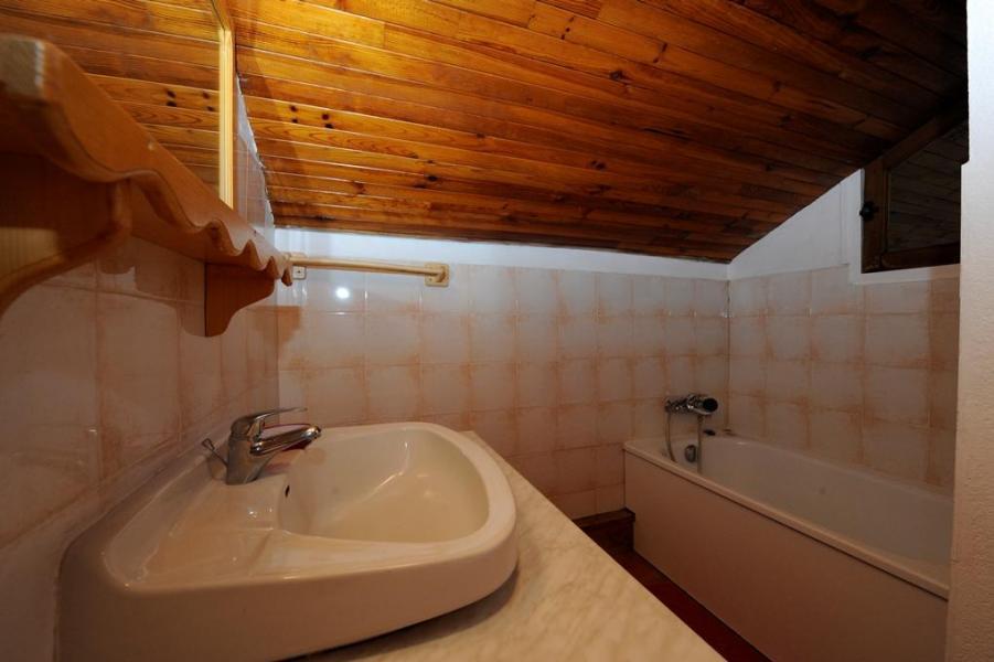 Vacances en montagne Appartement 3 pièces 8 personnes - Chalet le Génépi - Les Menuires - Baignoire