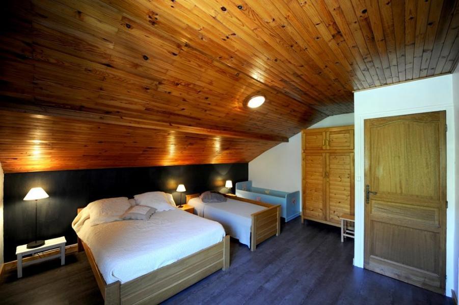 Vacances en montagne Appartement 3 pièces 8 personnes - Chalet le Génépi - Les Menuires - Lit double