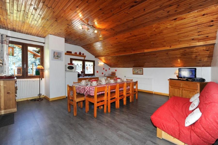 Vacances en montagne Appartement 3 pièces 8 personnes - Chalet le Génépi - Les Menuires - Table