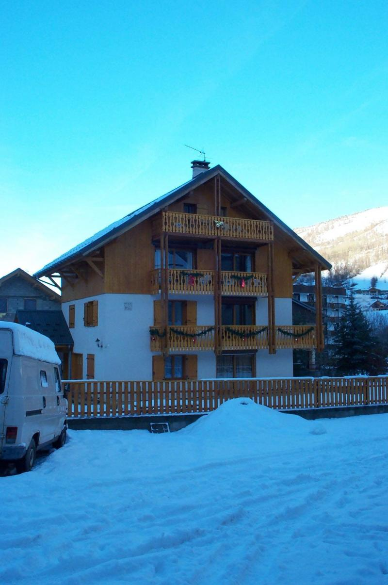 Holiday in mountain resort Chalet le Gentiana - Valloire