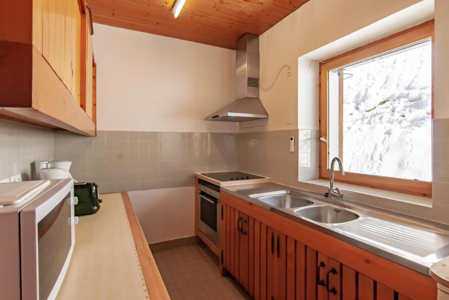Holiday in mountain resort 7 room chalet 12 people - Chalet le Grillon - Méribel - Kitchen