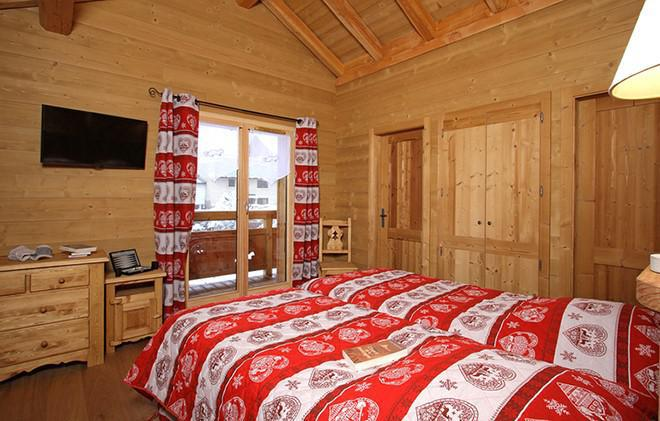 Holiday in mountain resort Chalet Le Loup Lodge - Les 2 Alpes - Bedroom