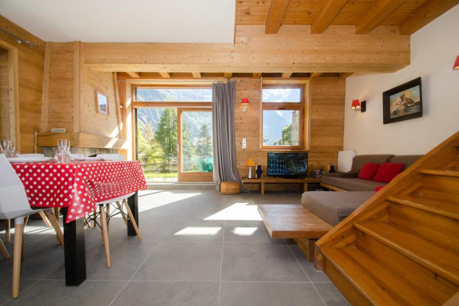 Chalet le panorama partir de 935 location vacances - Garage de la montagne la queue en brie ...