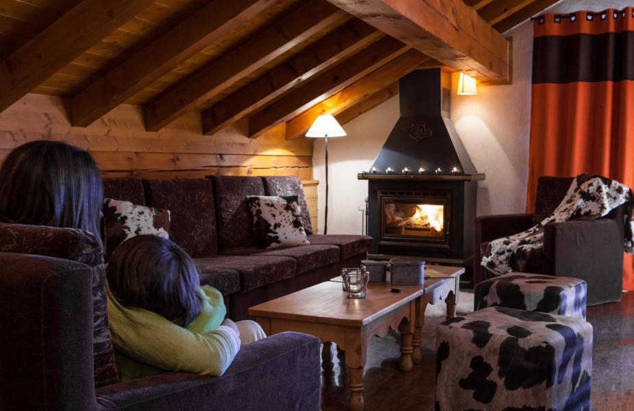 Vacances en montagne Appartement 6 pièces 9 personnes - Chalet le Planton - Tignes - Cheminée