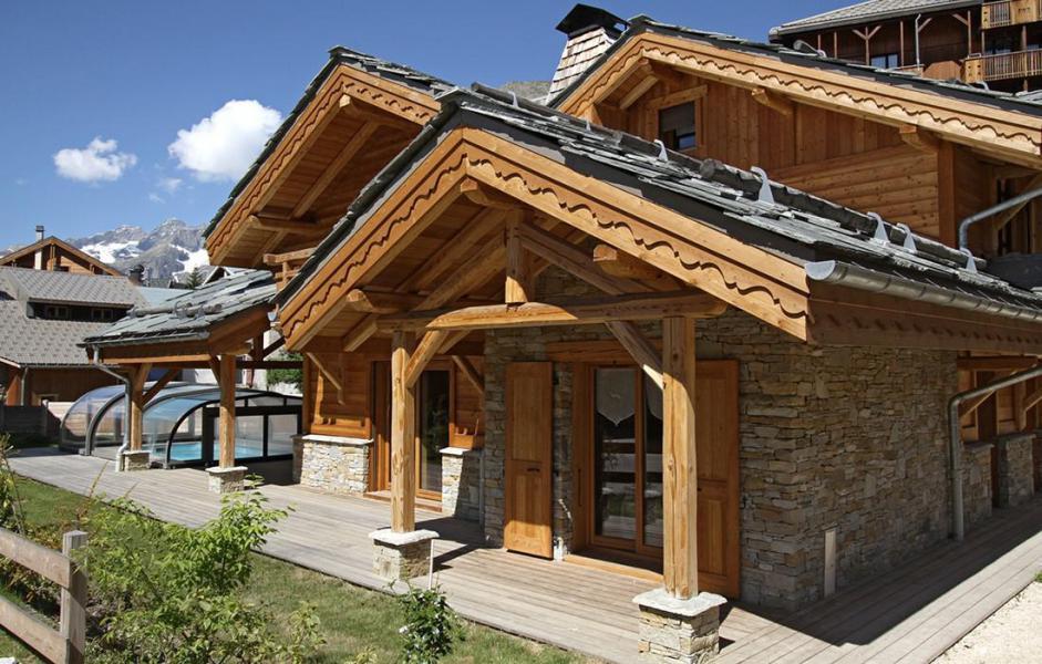 Location au ski Chalet Le Renard Lodge - Les 2 Alpes - Extérieur été