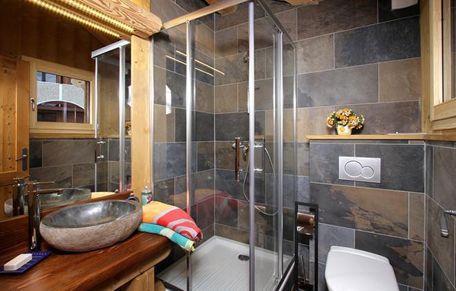 Vacances en montagne Chalet Le Renard Lodge - Les 2 Alpes - Salle d'eau