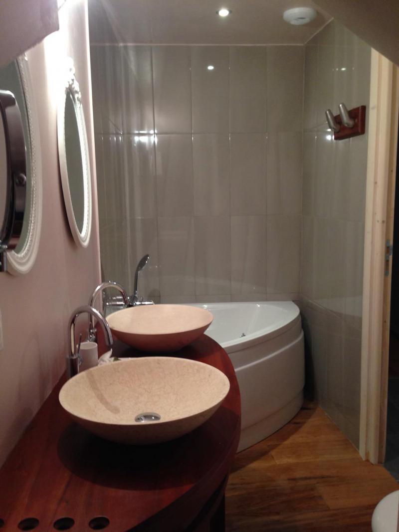 Vacances en montagne Chalet 5 pièces 10 personnes (CH) - Chalet le Sapé - Champagny-en-Vanoise - Salle de bains