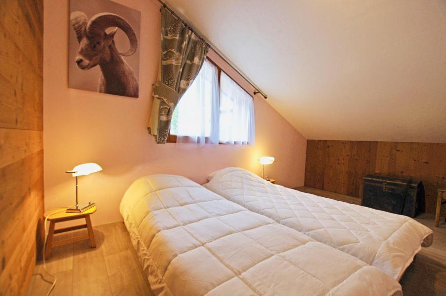 Vacances en montagne Chalet 6 pièces 10 personnes - Chalet le Sérac - Champagny-en-Vanoise - Chambre