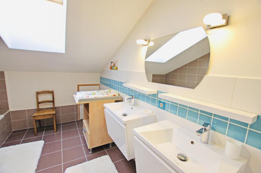 Vacances en montagne Chalet 6 pièces 10 personnes - Chalet le Sérac - Champagny-en-Vanoise - Salle d'eau