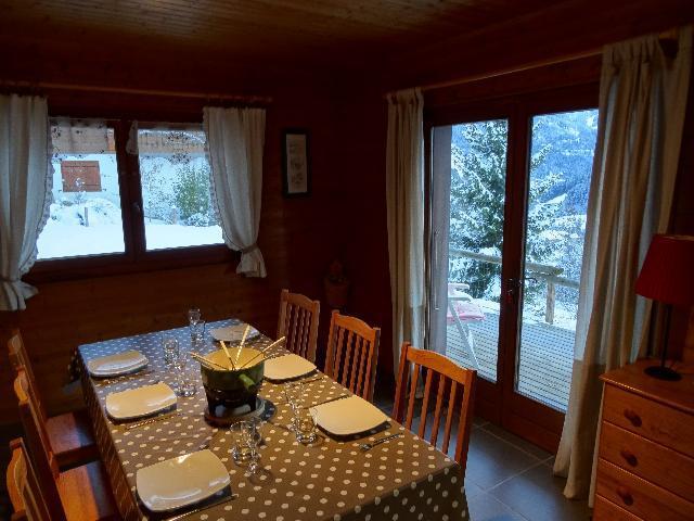 Wakacje w górach Apartament 3 pokojowy 6 osób - Chalet les Barbules - Châtel - Stołem