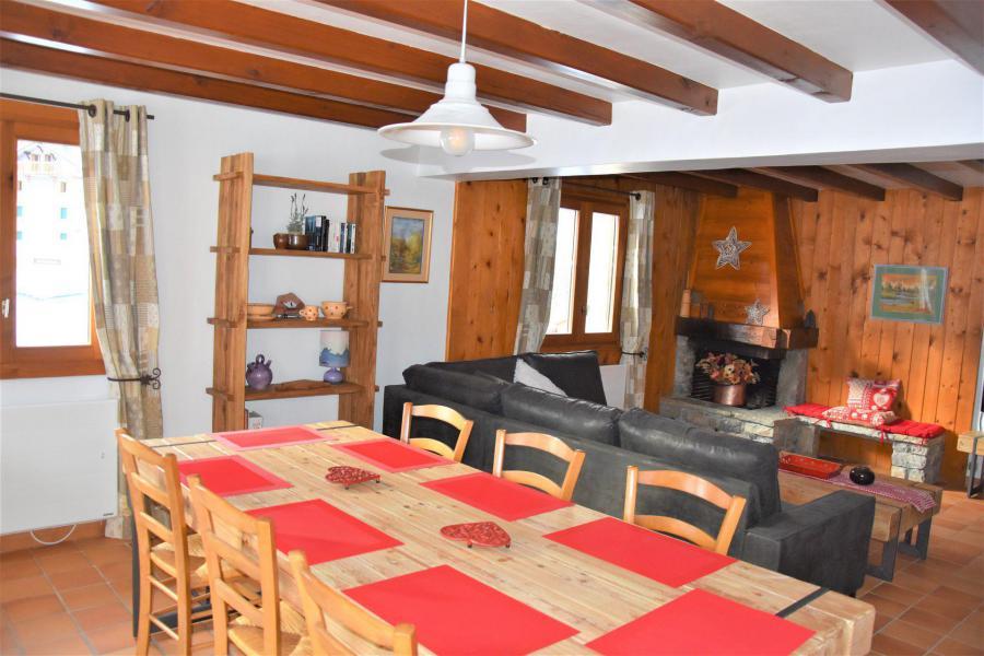Vacaciones en montaña Apartamento dúplex 5 piezas 8 personas (CLARINES) - Chalet les Clarines - Pralognan-la-Vanoise - Mesa