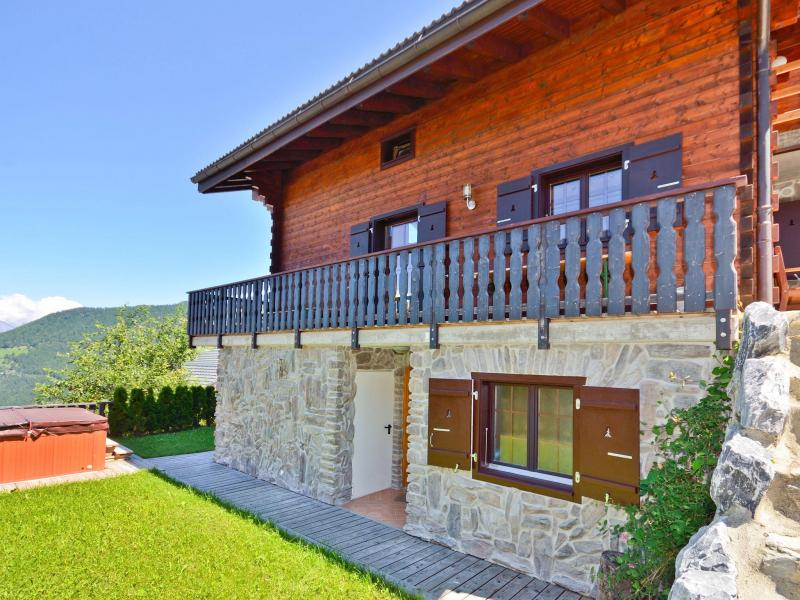 Rent in ski resort Chalet les Etoiles - La Tzoumaz - Summer outside