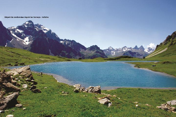 Аренда на лыжном курорте Chalet les Lupins - Valloire - летом под открытым небом