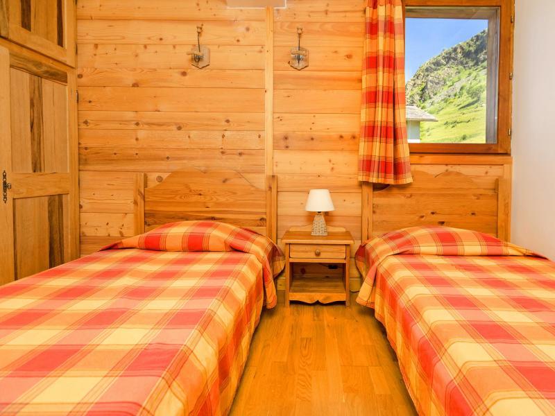 Vacances en montagne Chalet Levassaix - Les Menuires - Chambre
