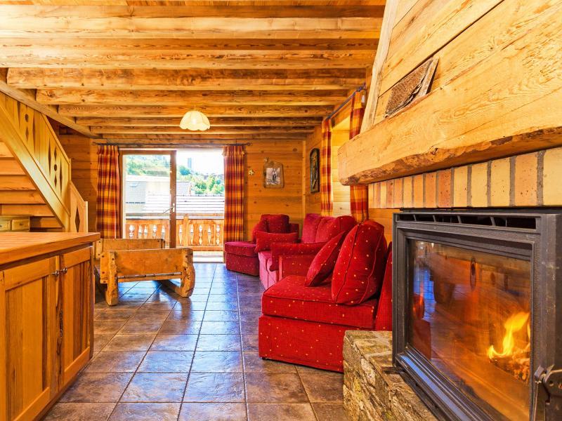 Vacances en montagne Chalet Levassaix - Les Menuires - Cheminée