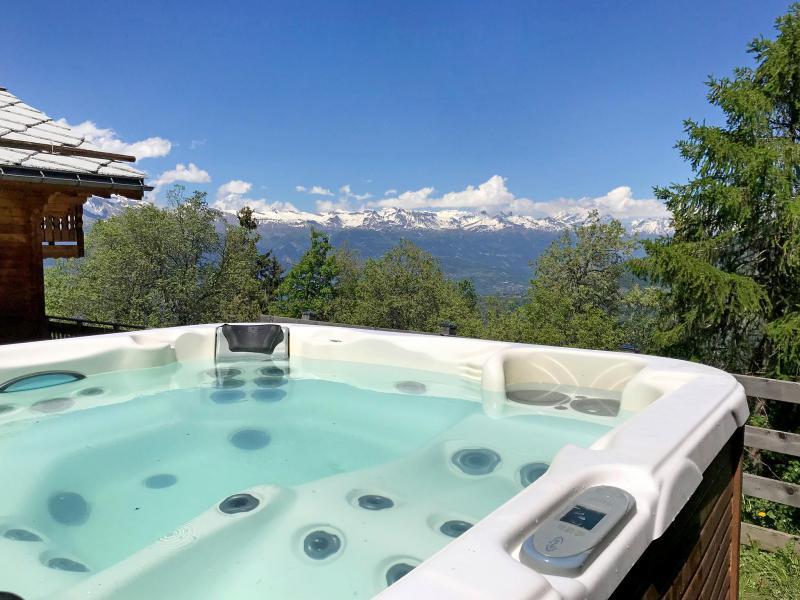 Vacances en montagne Chalet Marguerite - Thyon - Jacuzzi
