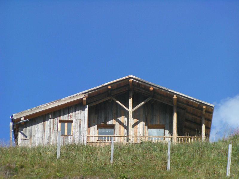 Vacances en montagne Chalet Nécou - Les Menuires - Extérieur été