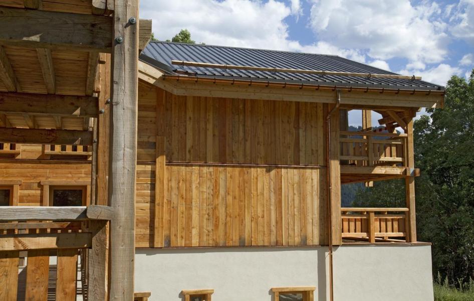 chalet nuance de bleu partir de 1380 location vacances montagne alpe d 39 huez. Black Bedroom Furniture Sets. Home Design Ideas
