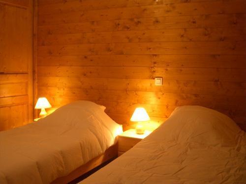 Vacances en montagne Chalet 9 pièces 18 personnes - Chalet Oursons - Saint Martin de Belleville - Lit simple