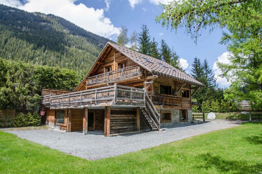 Vacances en montagne Chalet Peyrlaz - Chamonix - Extérieur été