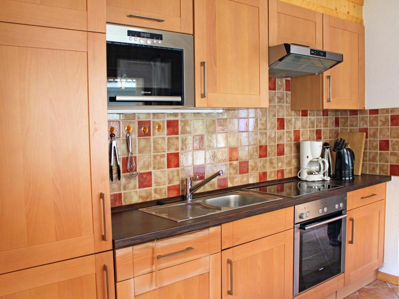 Holiday in mountain resort Chalet Pierina - La Tzoumaz - Kitchen
