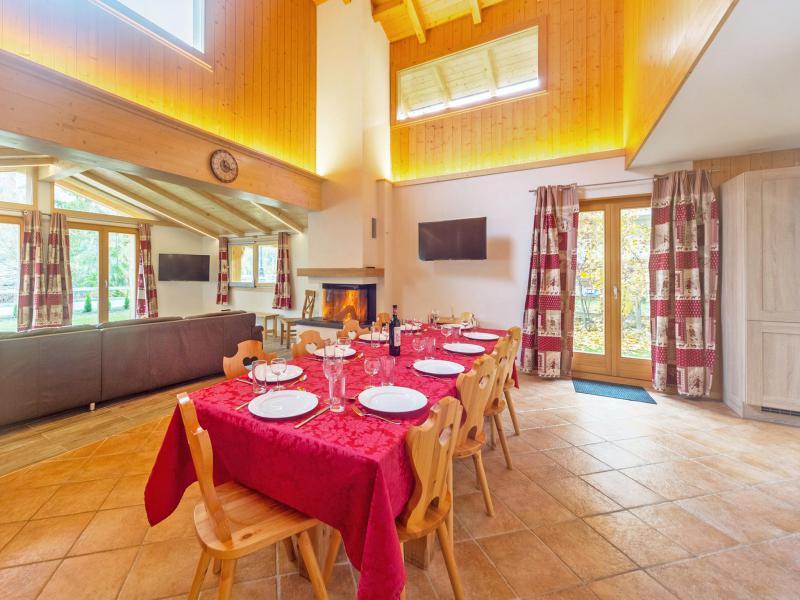 Vacances en montagne Chalet Pierina - La Tzoumaz - Table