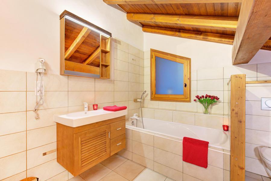 Holiday in mountain resort Chalet Rosa Villosa - Champagny-en-Vanoise - Bathroom