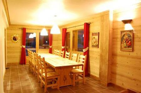 Holiday in mountain resort Chalet Saint Marc - Saint Martin de Belleville - Dining area