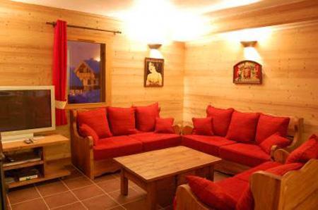 Holiday in mountain resort Chalet Saint Marc - Saint Martin de Belleville - Living room
