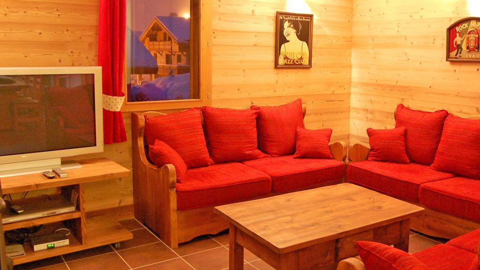 Holiday in mountain resort Chalet Saint Marc - Saint Martin de Belleville - Settee