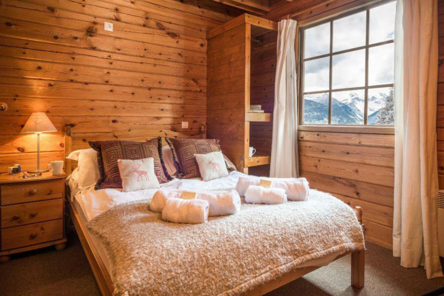 Holiday in mountain resort Semi-detached 8 room chalet 13 people - Chalet Simone - La Tania - Bedroom