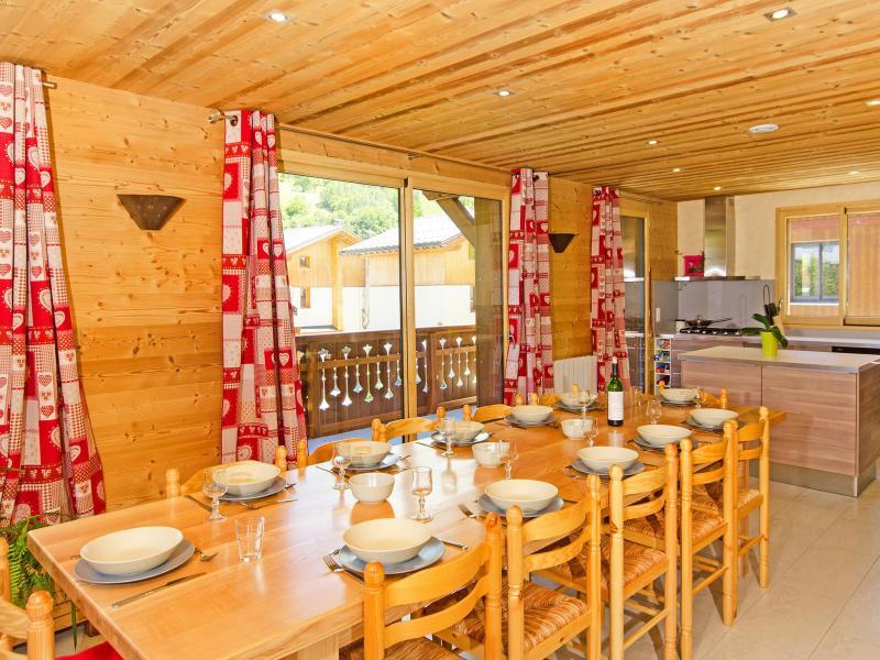 Urlaub in den Bergen Chalet Ski Royal - Les Menuires - Esszimmer