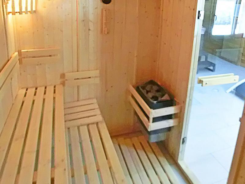 Urlaub in den Bergen Chalet Ski Royal - Les Menuires - Sauna