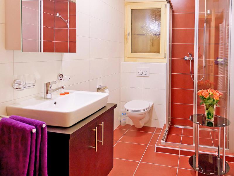Holiday in mountain resort Chalet Ski Royal - Les Menuires - Shower room