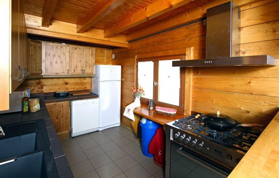 Vacances en montagne Chalet Soleil Levant - Les 2 Alpes - Cuisine ouverte