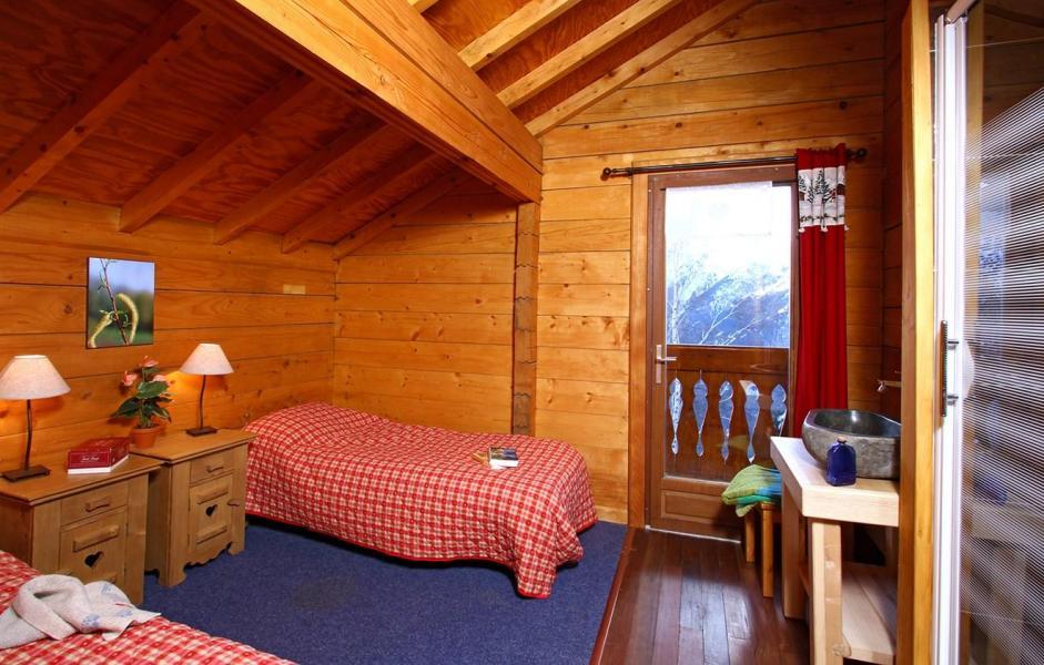Vacances en montagne Chalet Soleil Levant - Les 2 Alpes - Lits twin