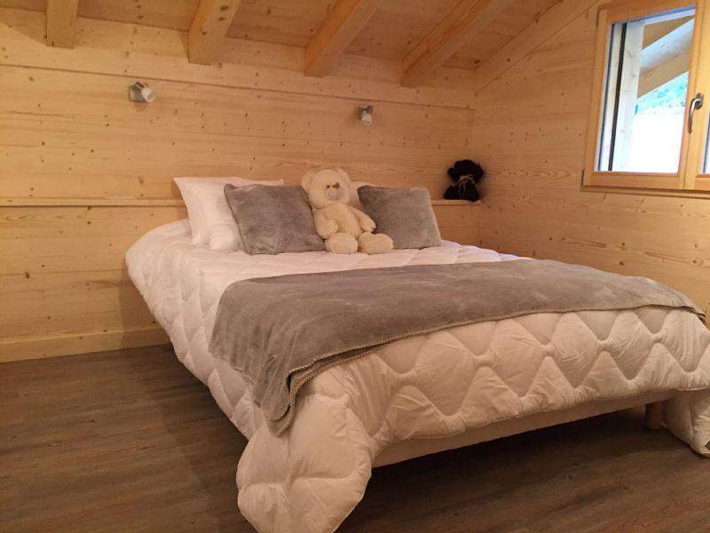 Vacaciones en montaña Chalet triplex 6 piezas para 12 personas - Chalet Soleya - Le Grand Bornand - Cama doble