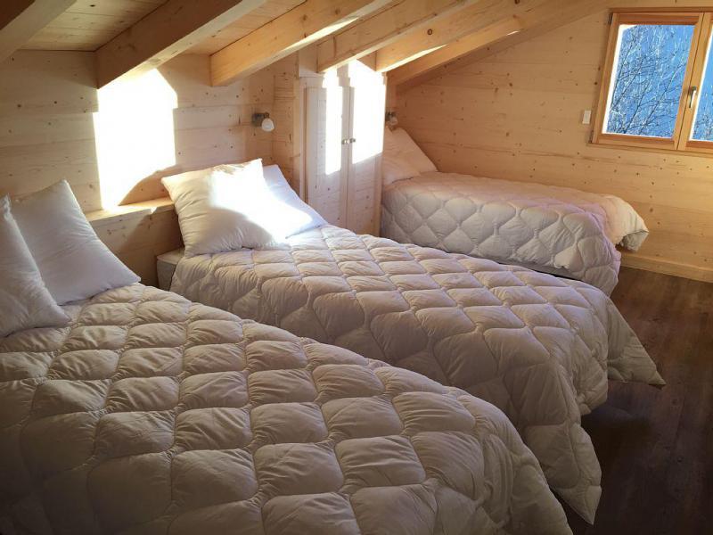 Vacaciones en montaña Chalet triplex 6 piezas para 12 personas - Chalet Soleya - Le Grand Bornand - Cama individual