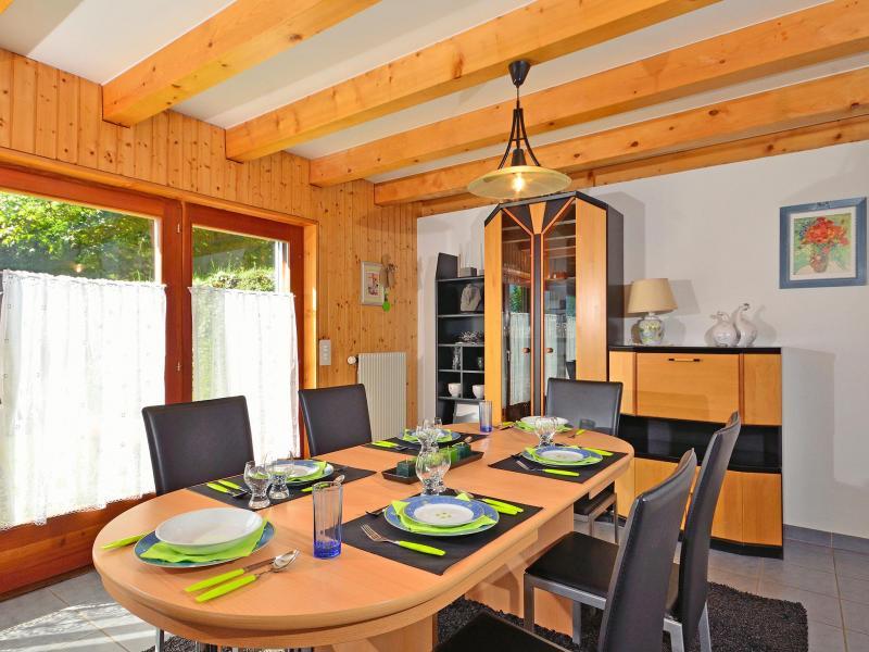 Vacances en montagne Chalet Théo - La Tzoumaz - Salle à manger