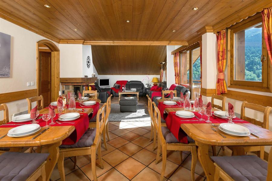 Vacances en montagne Chalet Vallon - Méribel - Coin repas