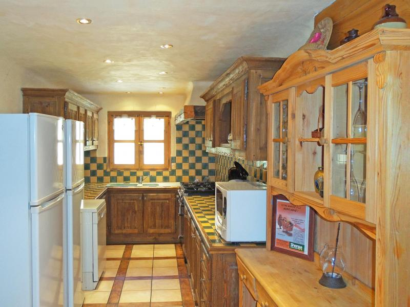 Holiday in mountain resort Chalet Vanoise - Champagny-en-Vanoise - Kitchen