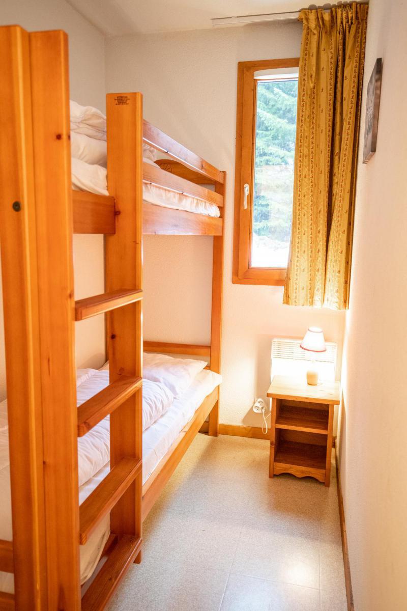 Vacaciones en montaña Apartamento 3 piezas para 6 personas (J22) - Chalets d'Arrondaz - Valfréjus - Alojamiento