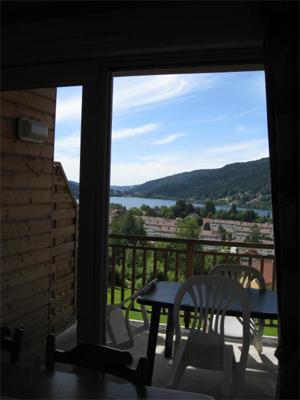 Vacances en montagne Appartement 2 pièces 6 personnes - Chalets Domaine les Adrets - Gérardmer - Balcon