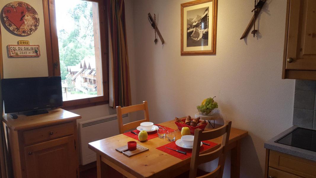 Urlaub in den Bergen Studio für 2 Personen (11) - Chalets du Galibier - Valloire - Tisch